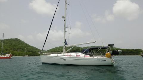 Bavaria 38 Cruiser: Au mouillage du Marin en Martinique
