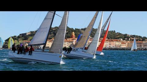 Del Pardo Grand-Soleil 39 : Navigation en régate