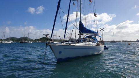 Del Pardo Grand Soleil 46 : Mouillage en Martinique