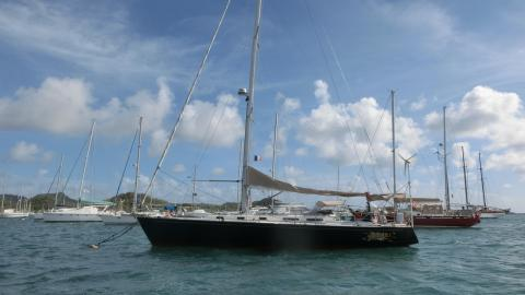 J Boats Tillotson Pearson USA J 44 :