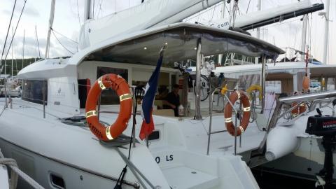 Lagoon 421:En Marina