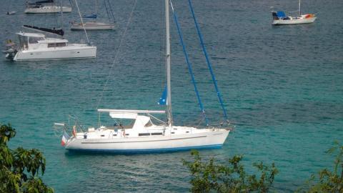 Oceanis 44 CC: Au mouillage en Caraïbes