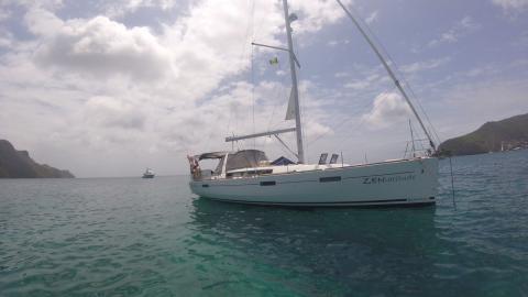 Bénéteau Oceanis 45 : Au mouillage