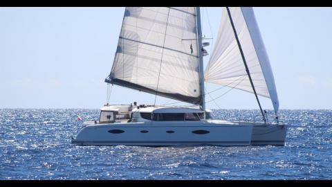 Fountaine Pajot Salina 48 évolution Maestro : En navigation sous gennaker