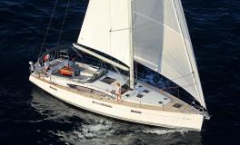 Jeanneau 58 : Navigation tribord amure sous gennaker
