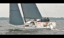 J-Boats - J-Composites J 88 en navigation au près