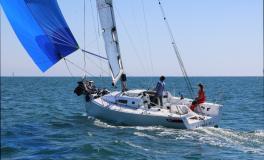 J 11 SH: Navigation sous spinnaker