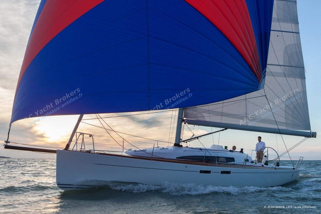 J-Boats - J-Composites J 122 E en navigation sous spinnaker