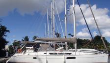 Sun Odyssey 44 I : En marina