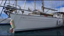 Bavaria 38 Holiday: En marina