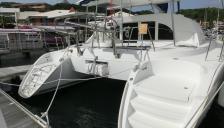 Lagoon 380 S2: En Marina