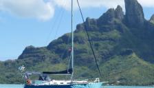 Meta Outremer 33 : Au mouillage en Polynésie