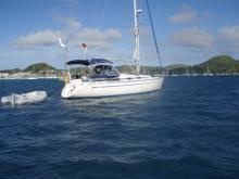 Au mouillage en Martinique - Bavaria Yacht Bavaria 37 C2, Occasion (2001) - Martinique (Ref 423)