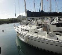 Hanse 311: En marina