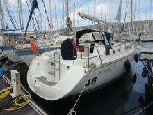Sun Odyssey 34.2: En marina