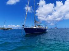 Kirie Feeling 446 : Au mouillage en Martinique