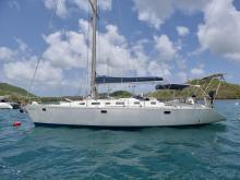 Feeling 486: Au mouillage en Martinique