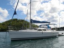 Hunter 44 DS : Au mouillage en Martinique