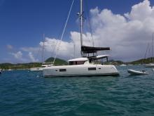 Lagoon 42 : Au mouillage en Martinique