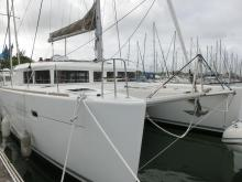 Lagoon 450: En marina