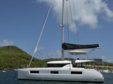 CNB Lagoon 46  : Au mouillage de Sainte-Anne en Martinique