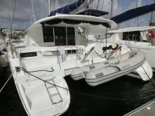 Lipari 41 Evolution: En marina