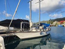 Staempfli Marjolaine 35 : Au ponton en Martinique