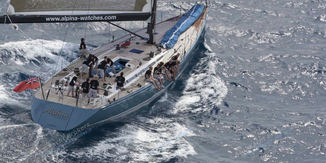Nautor's Swan 82' : Navigation sous spinnaker