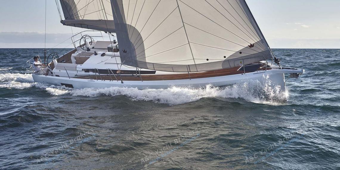 Jeanneau Sun Odyssey 440 : Au près bâbord amure