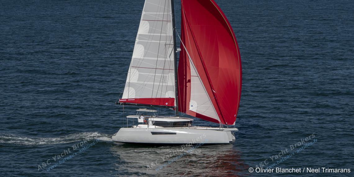 Neel Trimaran Neel 47 : Navigation sous spinnaker
